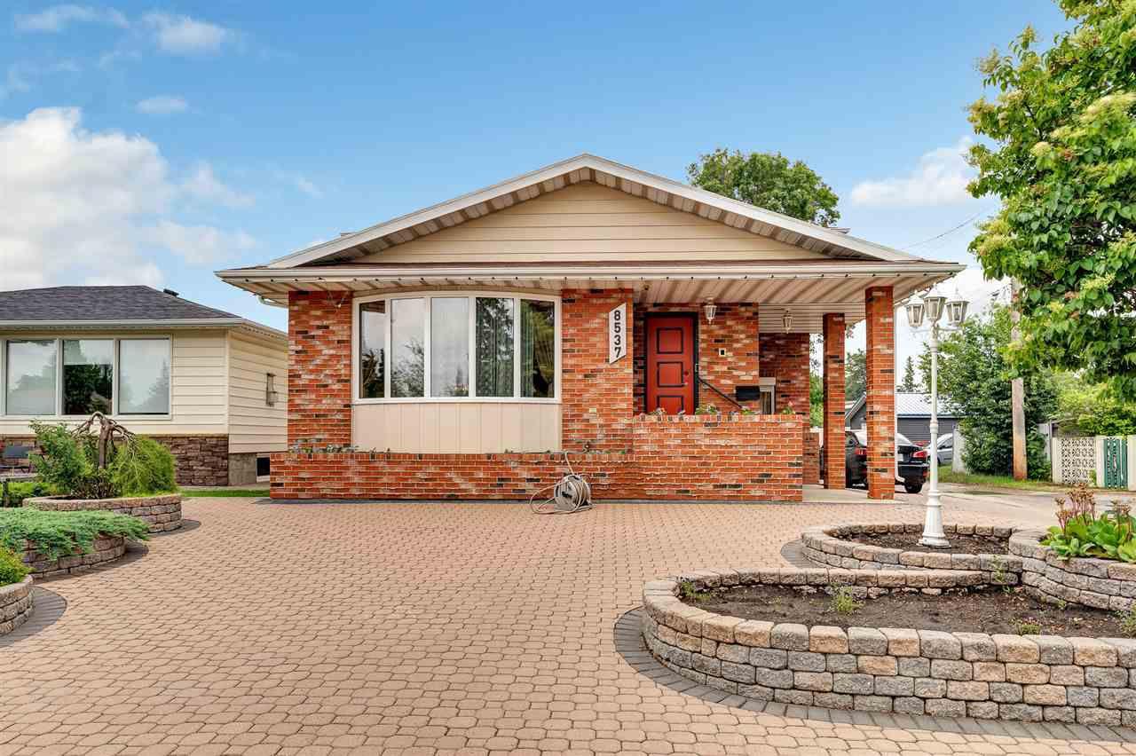 Main Photo: 8537 73 Avenue in Edmonton: Zone 17 House for sale : MLS®# E4163743