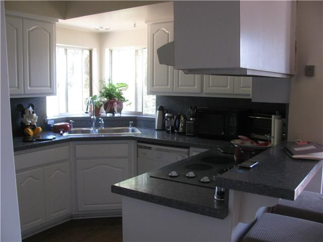Main Photo: VISTA House for sale : 3 bedrooms : 1019 Marbo Terrace