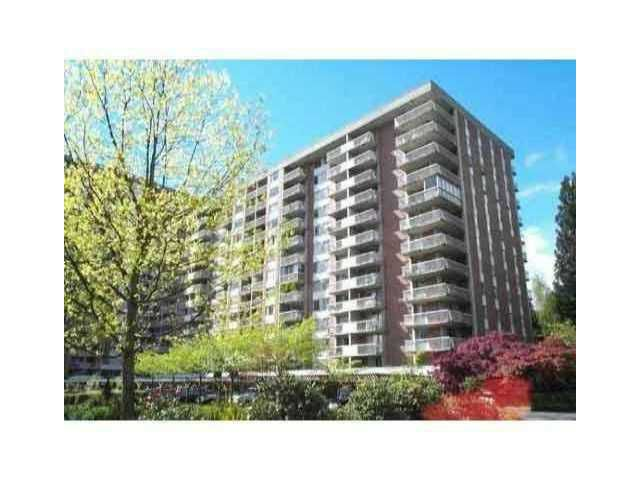 "Main Photo: 318 2012 FULLERTON Avenue in North Vancouver: Pemberton NV Condo for sale in ""WOODCROFT STATE"" : MLS®# V925129"