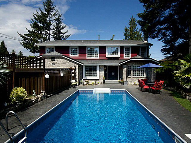 """Main Photo: 4937 2ND Avenue in Tsawwassen: Pebble Hill House for sale in """"Pebble Hill"""" : MLS®# V1119955"""