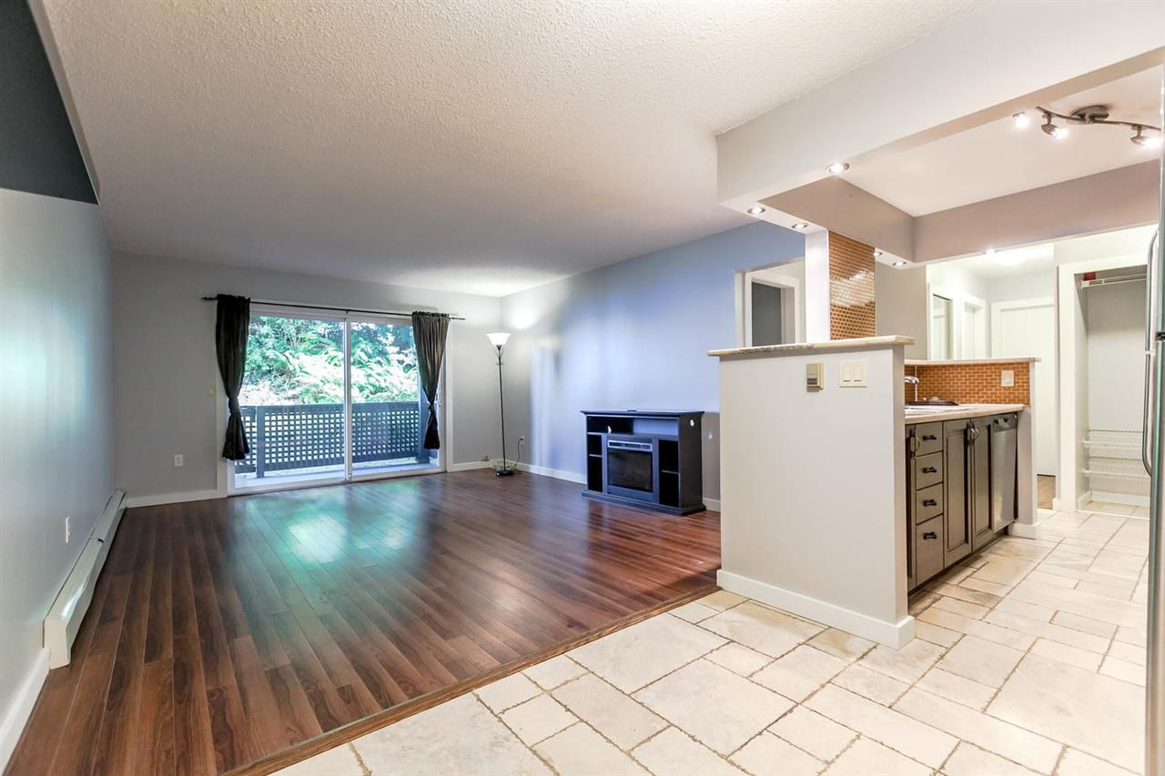 """Main Photo: 309 204 WESTHILL Place in Port Moody: College Park PM Condo for sale in """"WESTHILL PLACE"""" : MLS®# R2181139"""