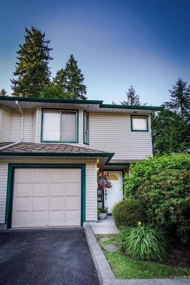 """Main Photo: 5 21960 RIVER Road in Maple Ridge: West Central Townhouse for sale in """"Foxborough"""" : MLS®# R2184872"""