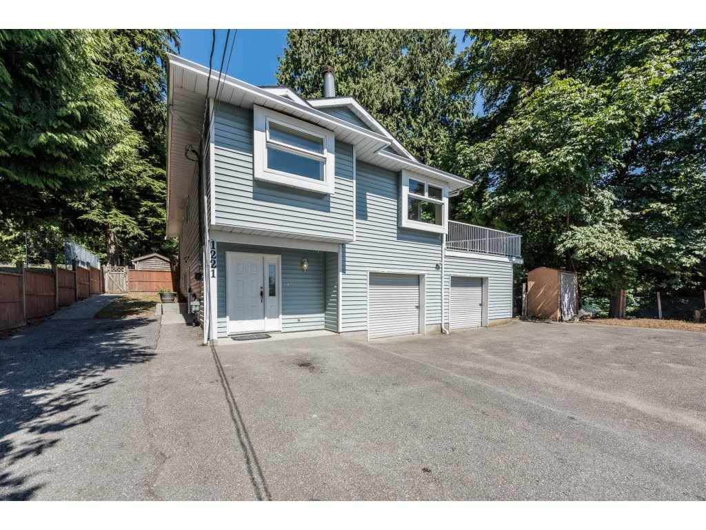 Main Photo: 1221 ROCHESTER Avenue in Coquitlam: Central Coquitlam House for sale : MLS®# R2198636