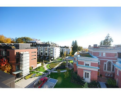 """Main Photo: 603 1515 ATLAS Lane in Vancouver: South Granville Condo for sale in """"SHANNON WALL CENTRE KERRISDALE"""" (Vancouver West)  : MLS®# R2238327"""