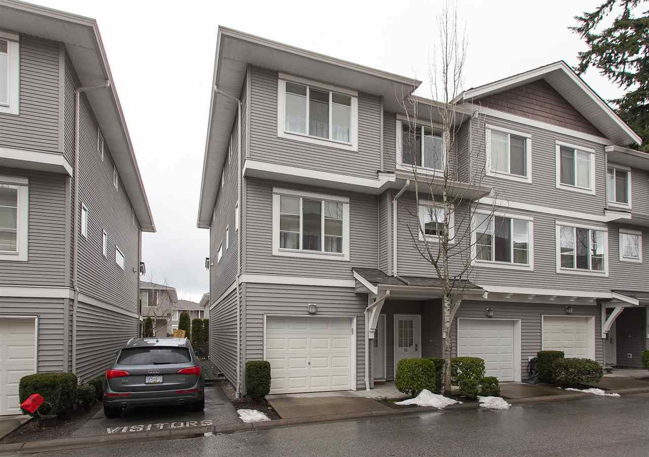 """Main Photo: 84 15155 62A Avenue in Surrey: Sullivan Station Townhouse for sale in """"OAKLANDS"""" : MLS®# R2246499"""