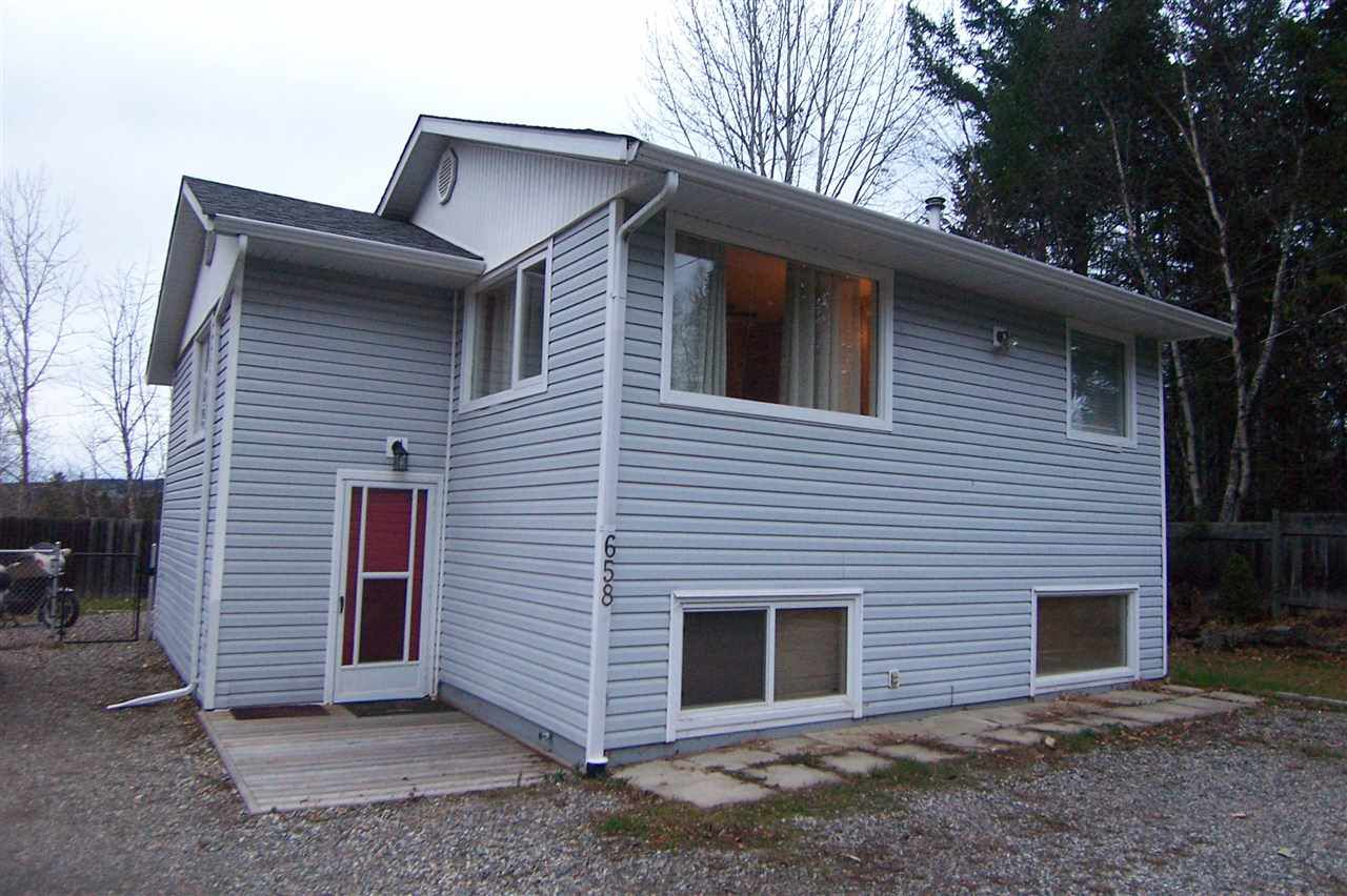 Main Photo: 658 WESTLAND Road in Quesnel: Quesnel - Town House for sale (Quesnel (Zone 28))  : MLS®# R2319353