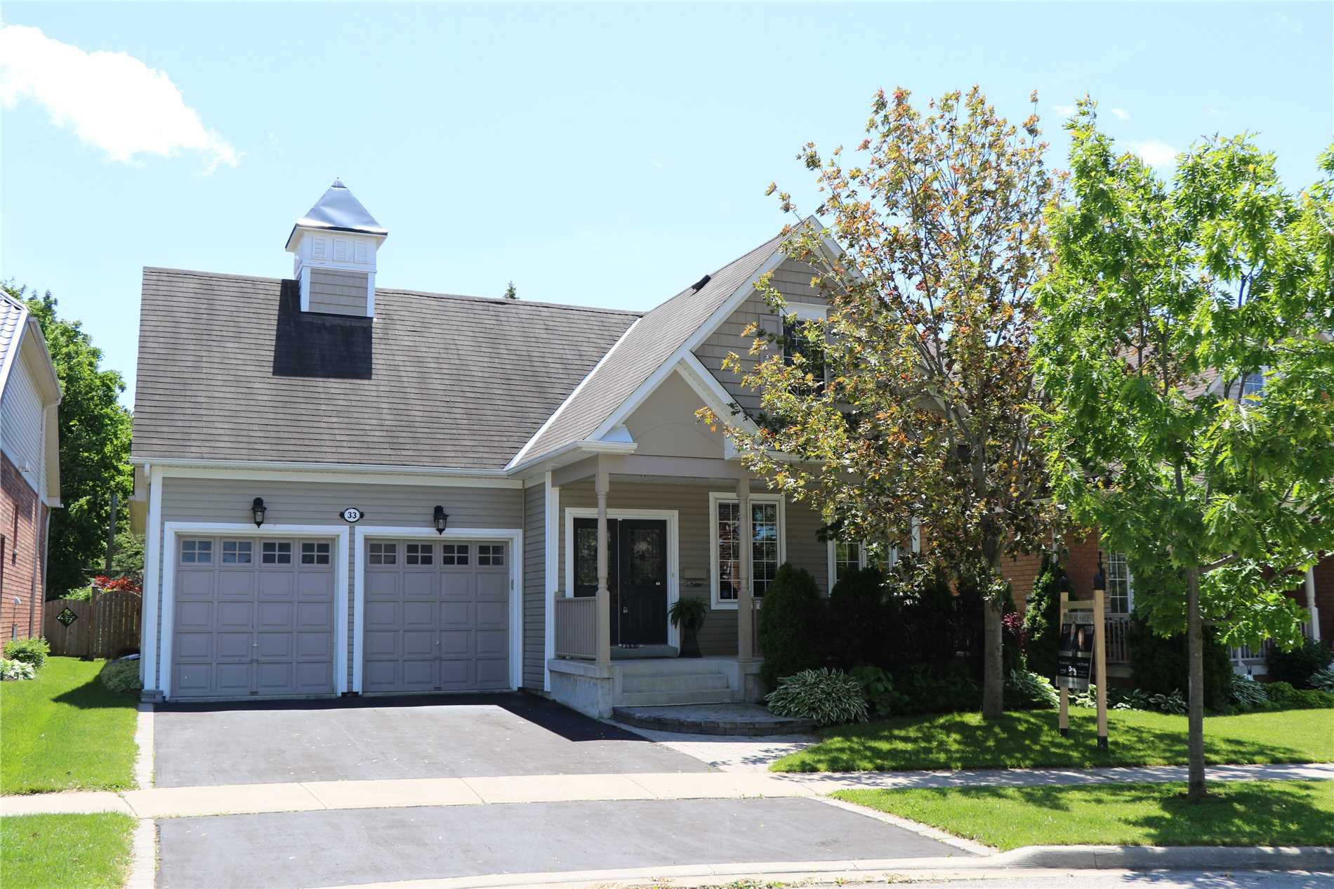 Main Photo: 33 Leithridge Crescent in Whitby: Brooklin House (Bungalow) for sale : MLS®# E4465551