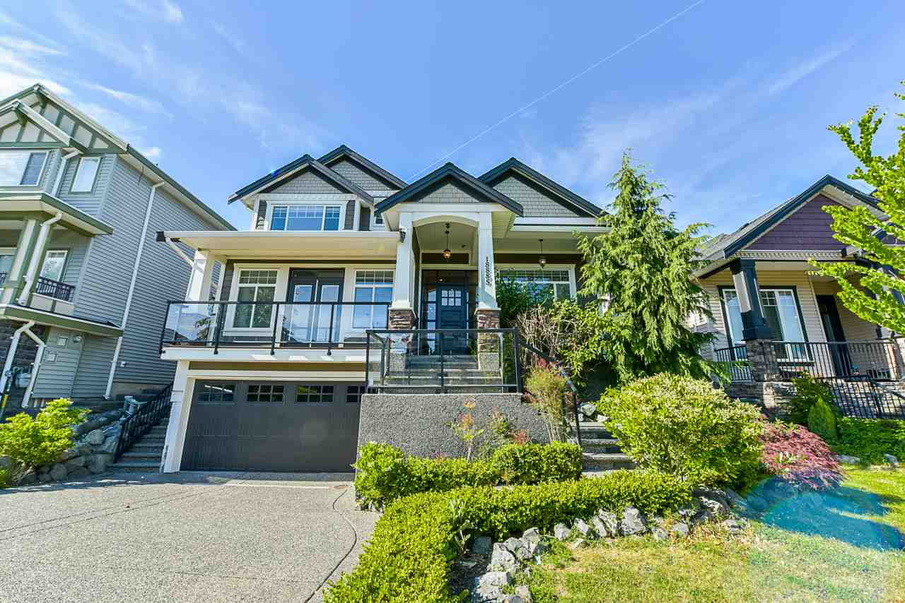 Main Photo: 18885 54A Avenue in Surrey: Cloverdale BC House for sale (Cloverdale)  : MLS®# R2379495