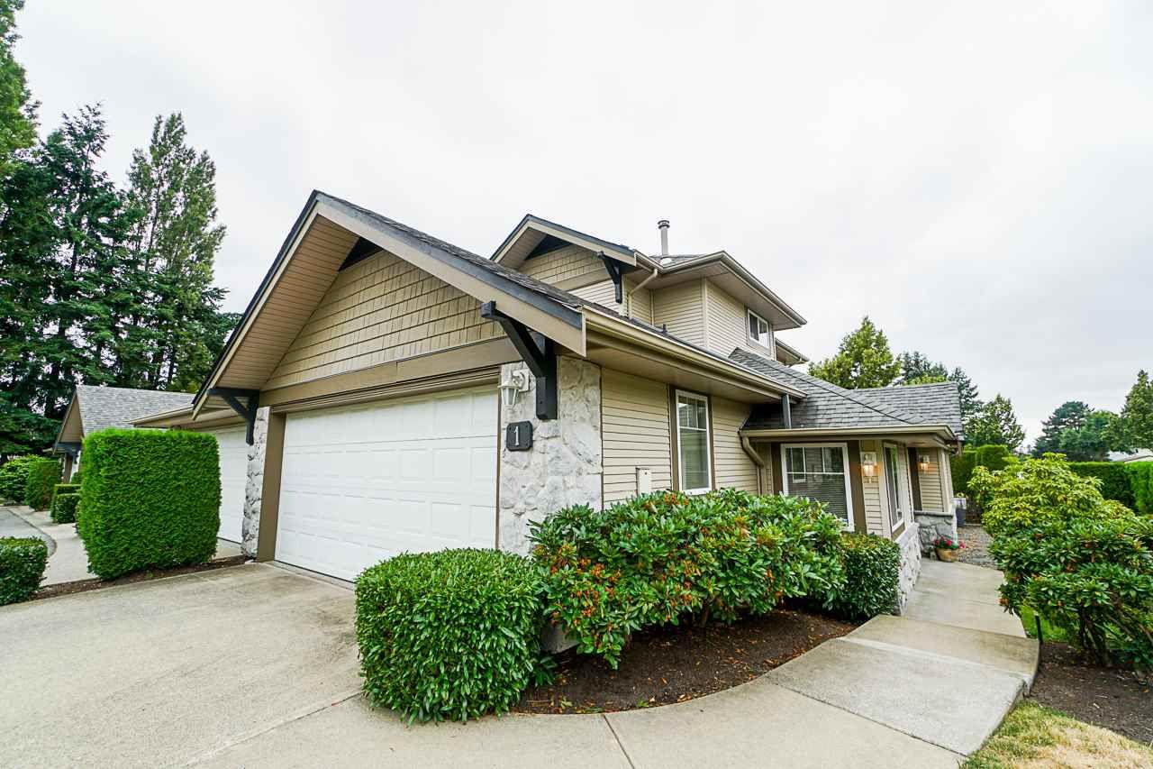 "Main Photo: 1 8888 151 Street in Surrey: Bear Creek Green Timbers Townhouse for sale in ""Carlingwood"" : MLS®# R2387073"