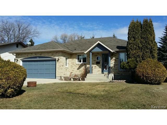 Main Photo: 15 Carrie Cove in WINNIPEG: North Kildonan Residential for sale (North East Winnipeg)  : MLS®# 1505001