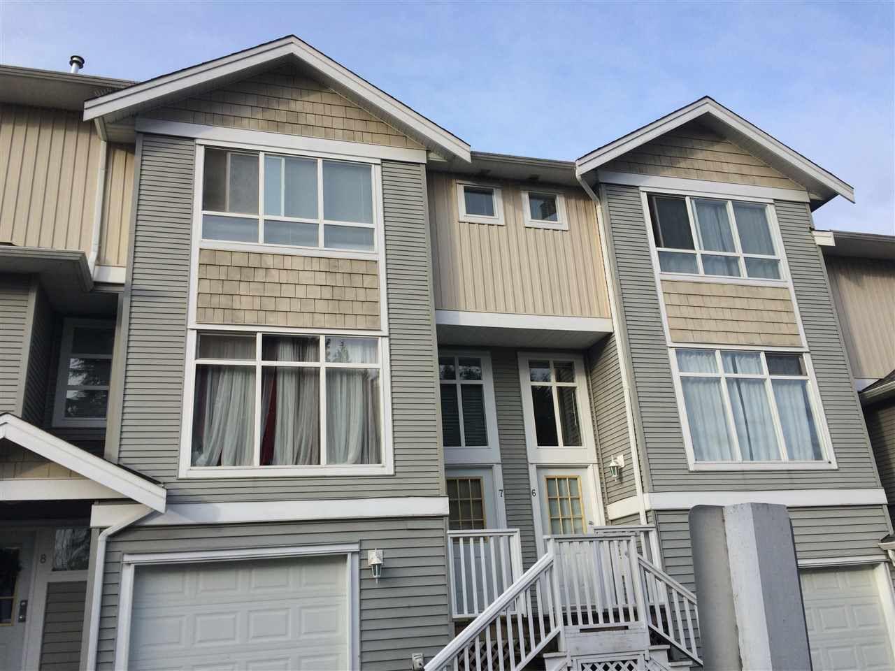 "Main Photo: 7 12128 68 Avenue in Surrey: West Newton Townhouse for sale in ""Mallard Ridge"" : MLS®# R2026265"