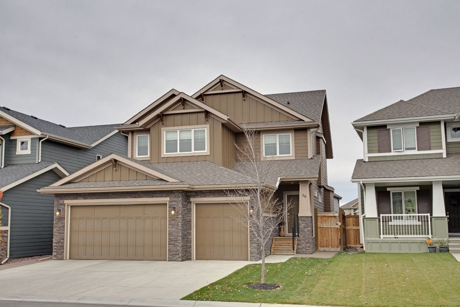 Main Photo: 38 Auburn Sound Circle SE in Calgary: House for sale : MLS®# C3540976