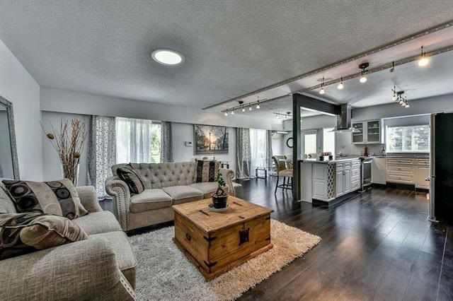 Main Photo: 16366 96 Avenue in Surrey: Fleetwood Tynehead House for sale : MLS®# R2121064