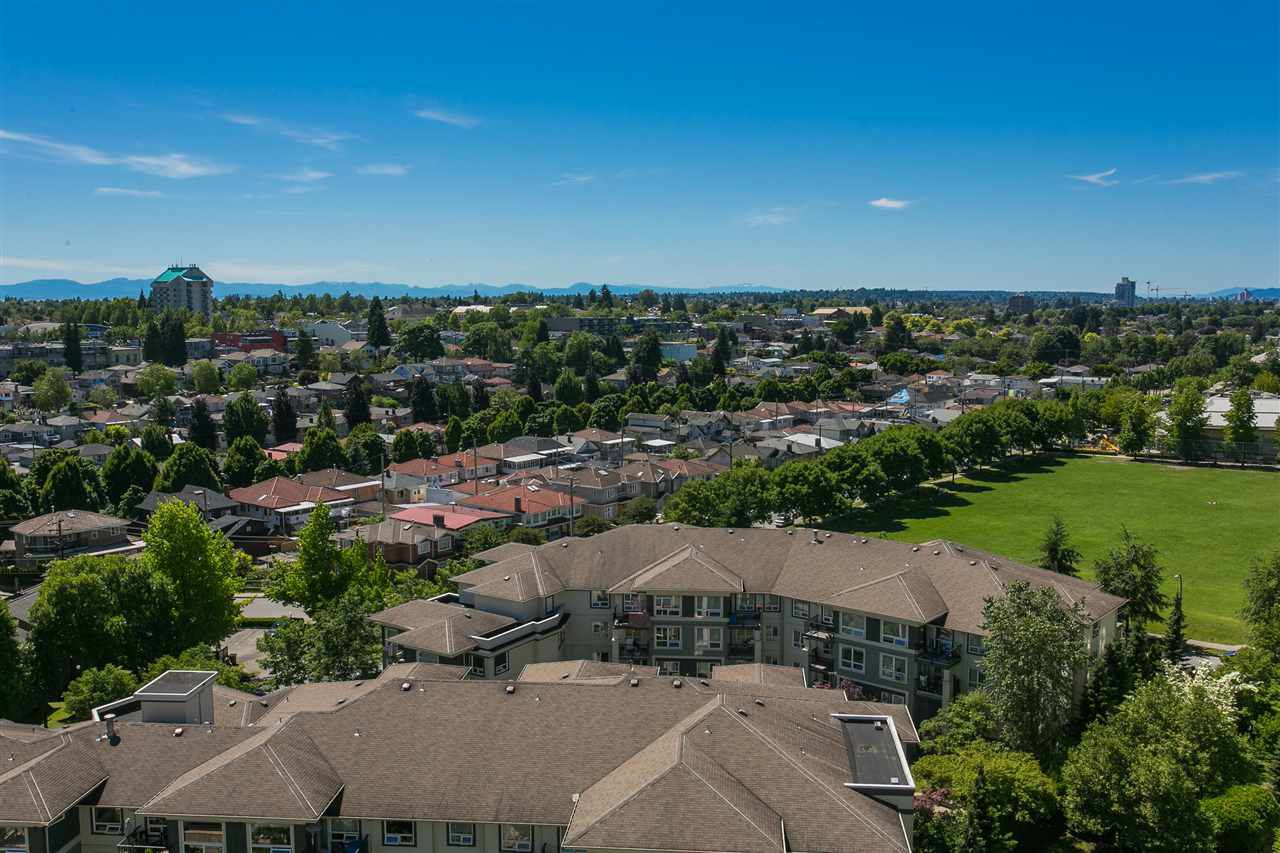 """Main Photo: 1508 3588 CROWLEY Drive in Vancouver: Collingwood VE Condo for sale in """"NEXUS"""" (Vancouver East)  : MLS®# R2125981"""