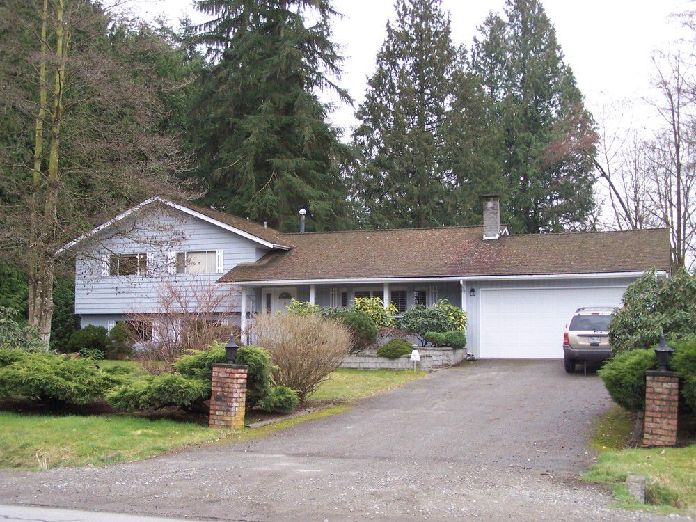 Main Photo: 14896 60th Avenue in Surrey: Home for sale : MLS®# F2807083