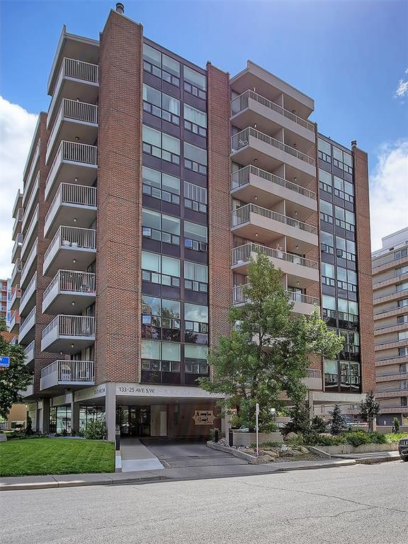 Main Photo: 9D 133 25 Avenue SW in Calgary: Mission Condo for sale : MLS®# C4124350