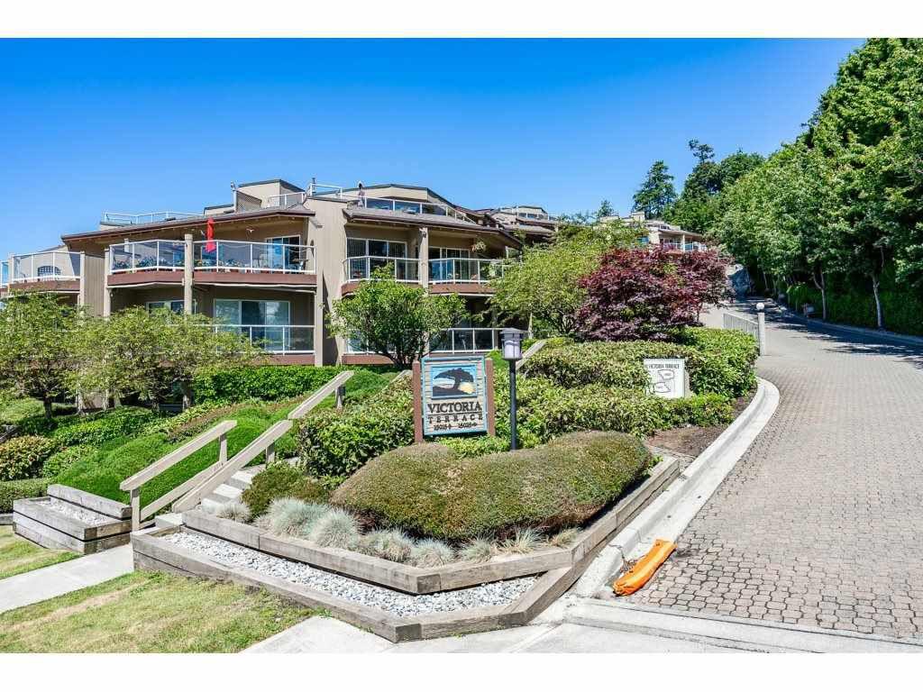 """Main Photo: 103 15025 VICTORIA Avenue: White Rock Condo for sale in """"Victoria Terrace"""" (South Surrey White Rock)  : MLS®# R2274564"""