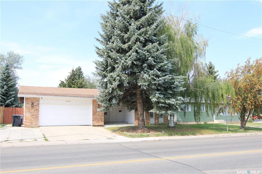Main Photo: 1406 Acadia Drive in Saskatoon: Wildwood Residential for sale : MLS®# SK753586