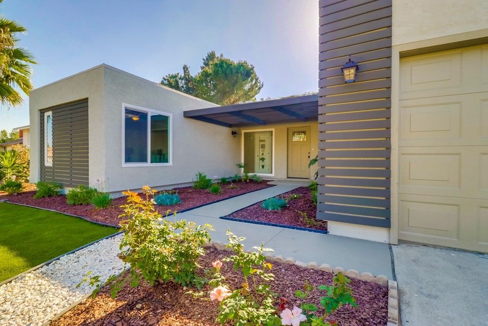Main Photo: SAN CARLOS House for sale : 3 bedrooms : 8662 Robles Dr. in San Diego