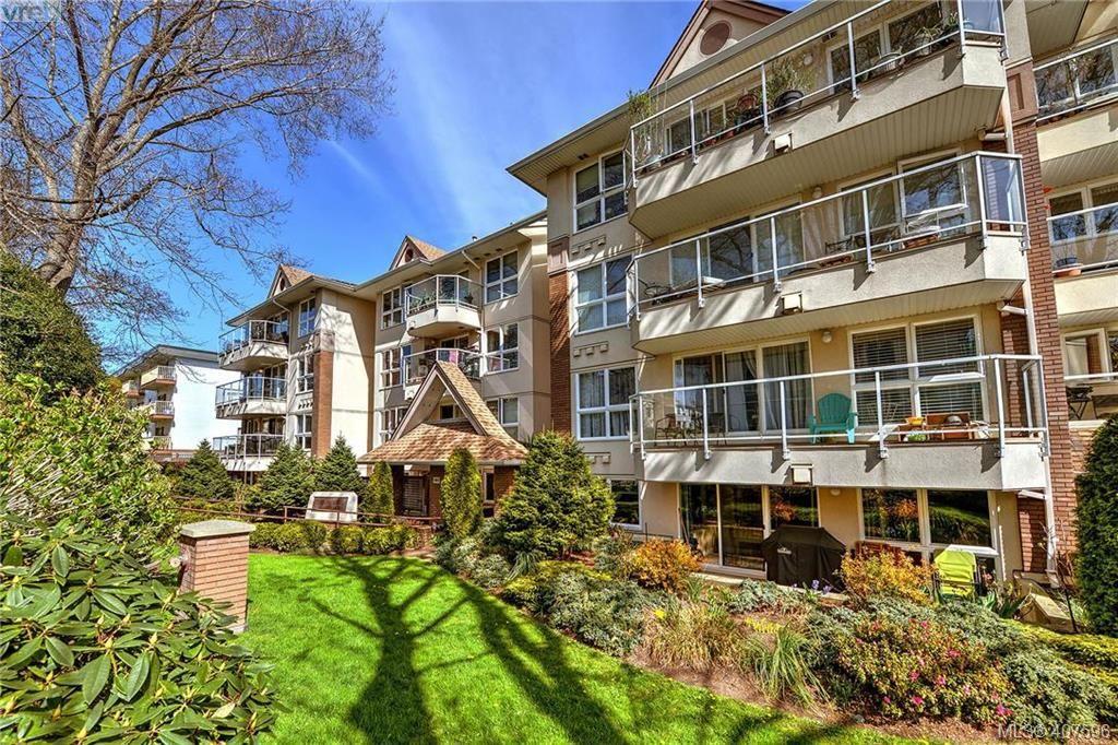 Main Photo: 101 1501 Richmond Avenue in VICTORIA: Vi Jubilee Condo Apartment for sale (Victoria)  : MLS®# 407596