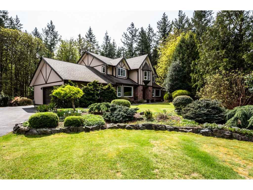 Main Photo: 23646 55A Avenue in Langley: Salmon River House for sale : MLS®# R2361499