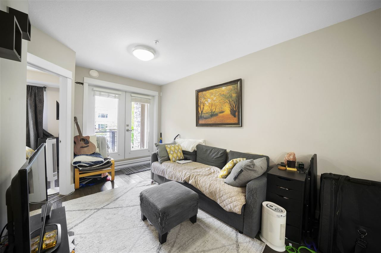 """Main Photo: 107 2495 WILSON Avenue in Port Coquitlam: Central Pt Coquitlam Condo for sale in """"ORCHID RIVERSIDE CONDOS"""" : MLS®# R2380690"""