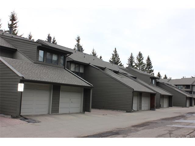 Main Photo: 204 4935 DALTON Drive NW in Calgary: Dalhousie House for sale : MLS®# C4052537