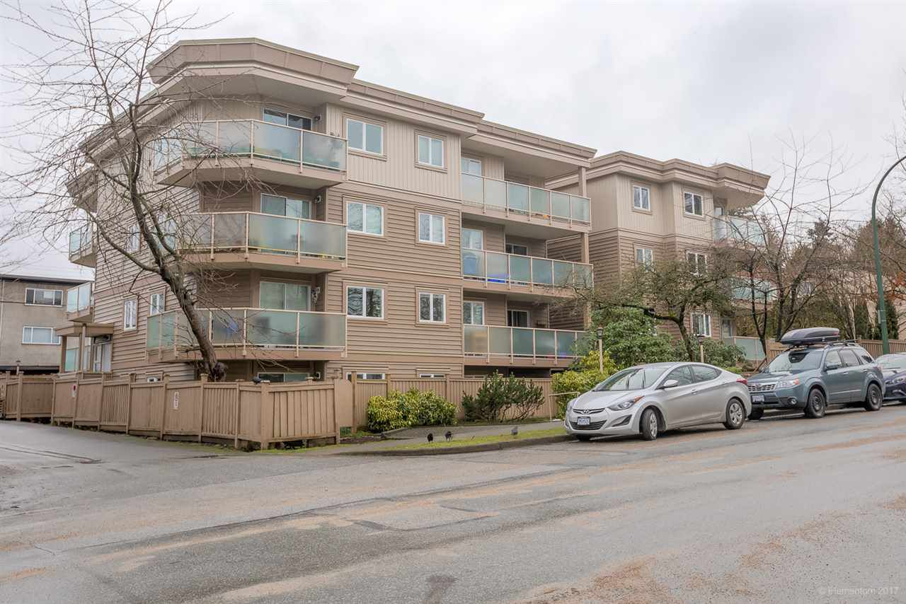 "Main Photo: 305 998 W 19TH Avenue in Vancouver: Cambie Condo for sale in ""SOUTHGATE PLACE"" (Vancouver West)  : MLS®# R2156361"