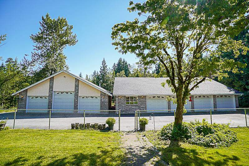 Photo 4: Photos: 10740 TILBURY Place in Surrey: Fraser Heights House for sale (North Surrey)  : MLS®# R2182705