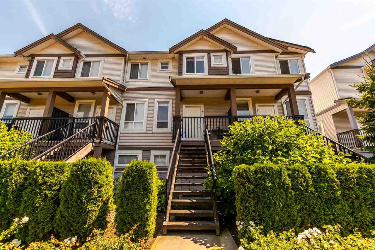 """Main Photo: 4 22788 WESTMINSTER Highway in Richmond: Hamilton RI Townhouse for sale in """"HAMILTON STATION"""" : MLS®# R2189014"""