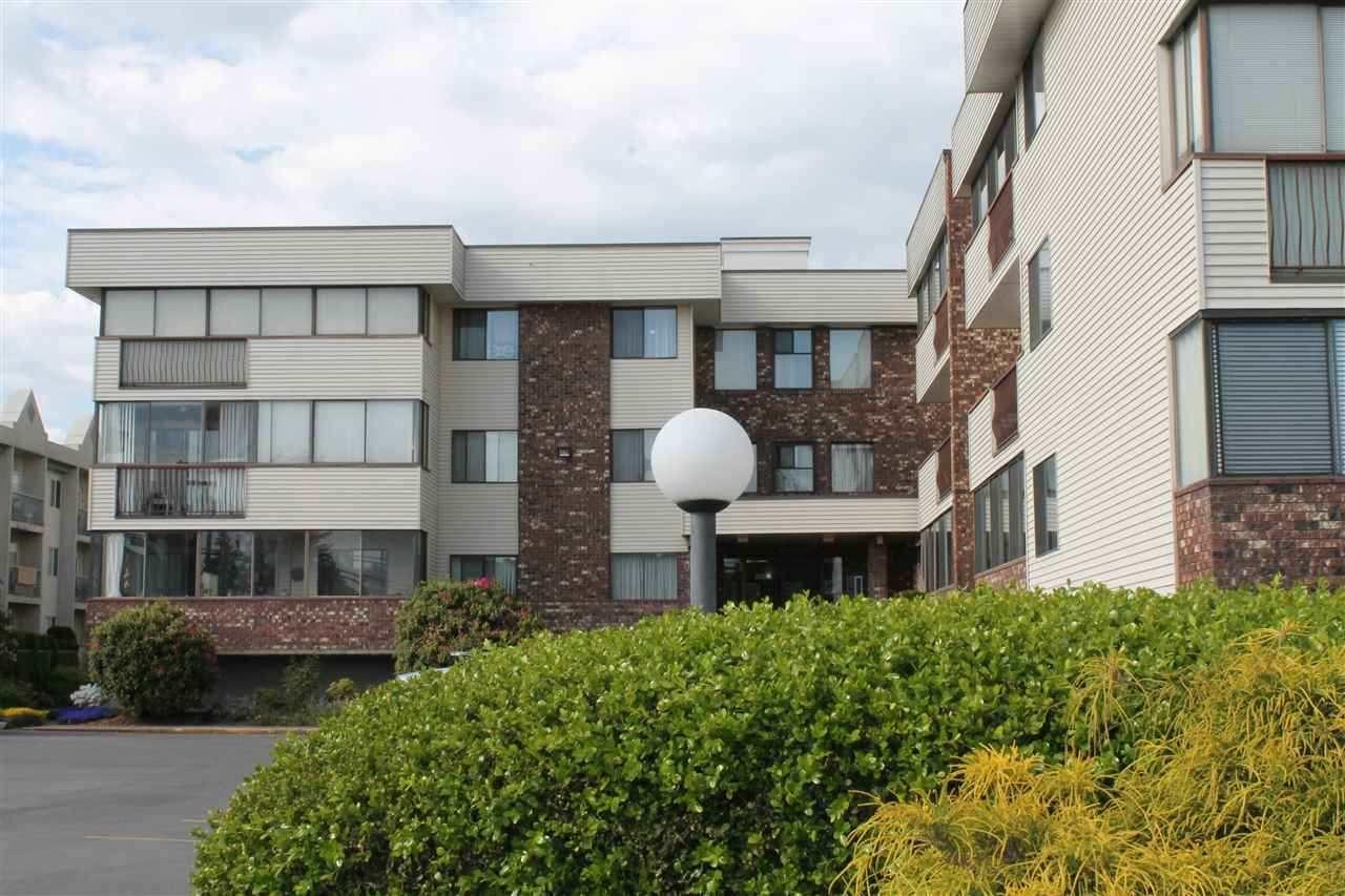 "Main Photo: 204 33369 OLD YALE Road in Abbotsford: Central Abbotsford Condo for sale in ""Monte Vista Villas"" : MLS®# R2296693"