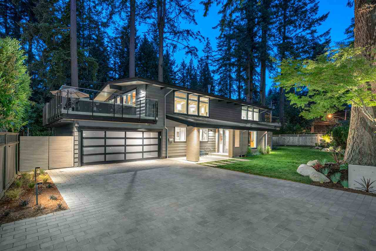 Main Photo: 3735 RIVIERE Place in North Vancouver: Edgemont House for sale : MLS®# R2348893
