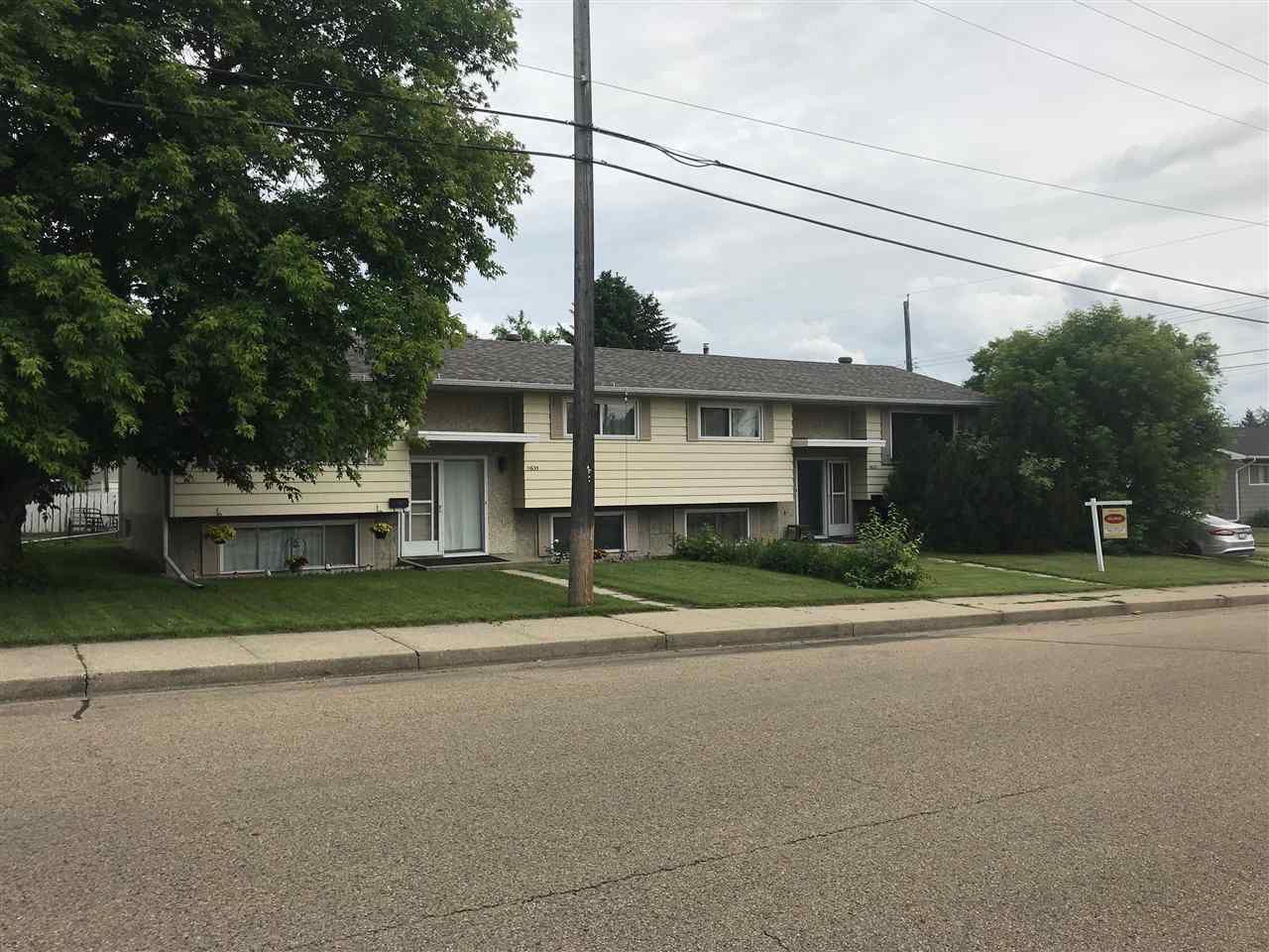 Main Photo: 11633-11635 48 Street in Edmonton: Zone 23 House Duplex for sale : MLS®# E4163796