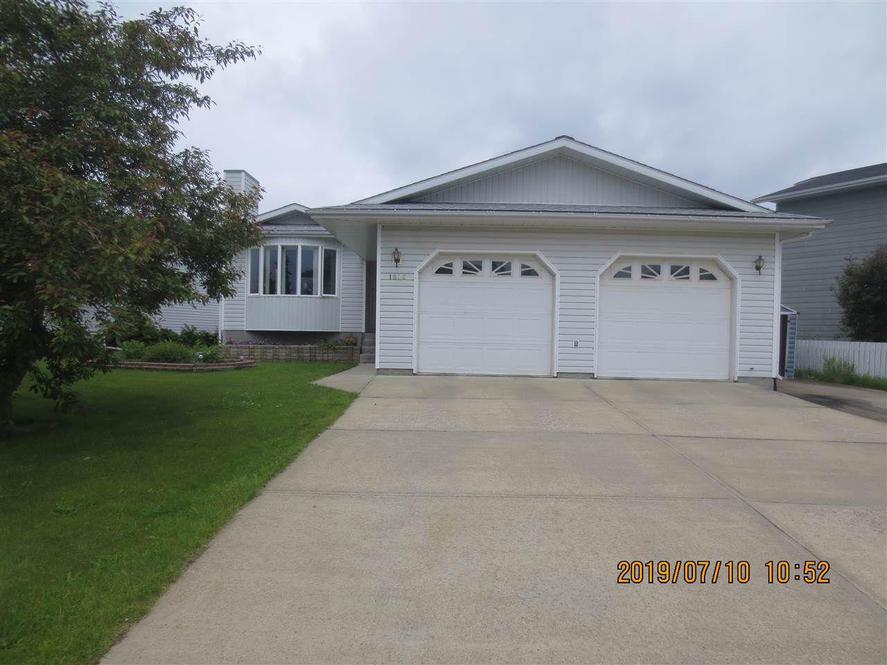 Main Photo: 1646 52 Street: Edson House for sale : MLS®# E4165287