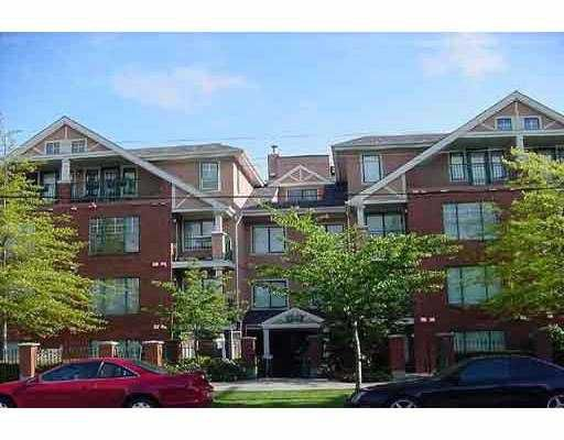 "Main Photo: 302 929 W 16TH AV in Vancouver: Fairview VW Condo for sale in ""OAKVIEW GARDENS"" (Vancouver West)  : MLS®# V560919"