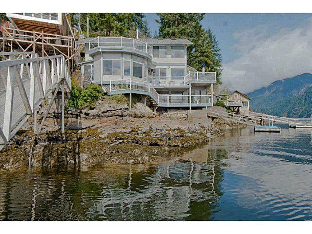 Main Photo: 5730 SUNSHINE FALLS Lane in North Vancouver: Woodlands-Sunshine-Cascade House for sale : MLS®# V1058483