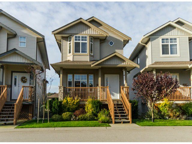 """Main Photo: 122 33751 7TH Avenue in Mission: Mission BC Townhouse for sale in """"HERITAGE PARK PLACE"""" : MLS®# F1426580"""