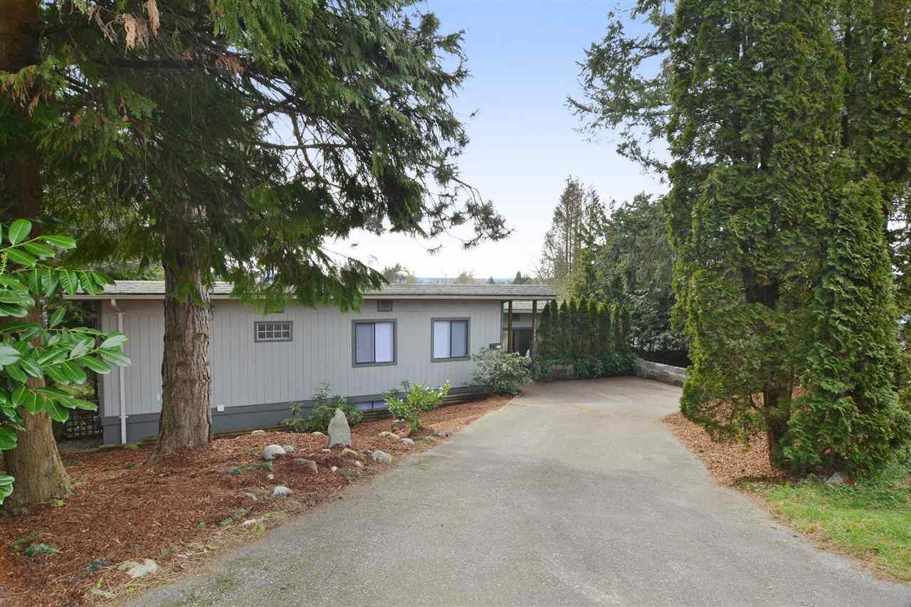 Main Photo: 32440 MCRAE Avenue in Mission: Mission BC House for sale : MLS®# R2059847