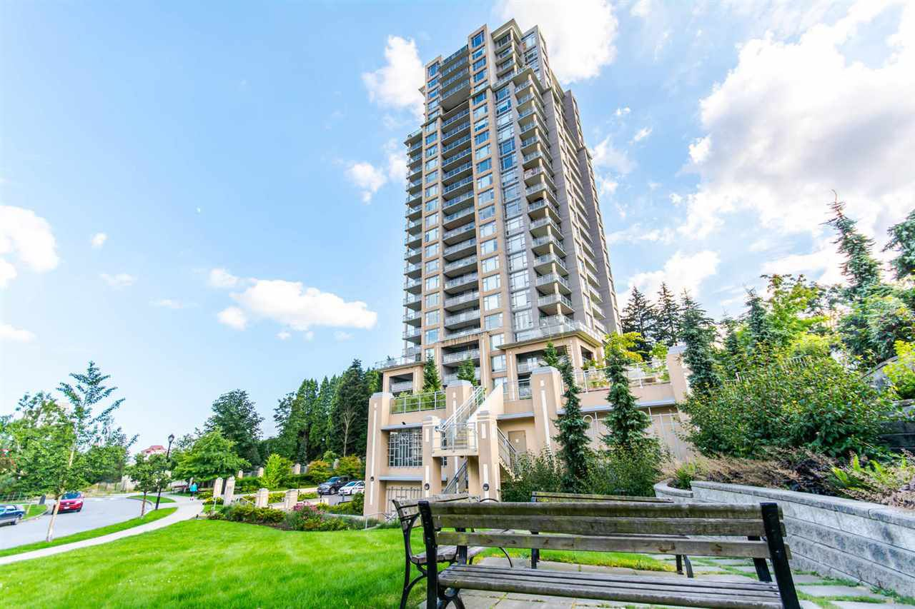 "Main Photo: 607 280 ROSS Drive in New Westminster: Fraserview NW Condo for sale in ""CARLYE"" : MLS®# R2090243"