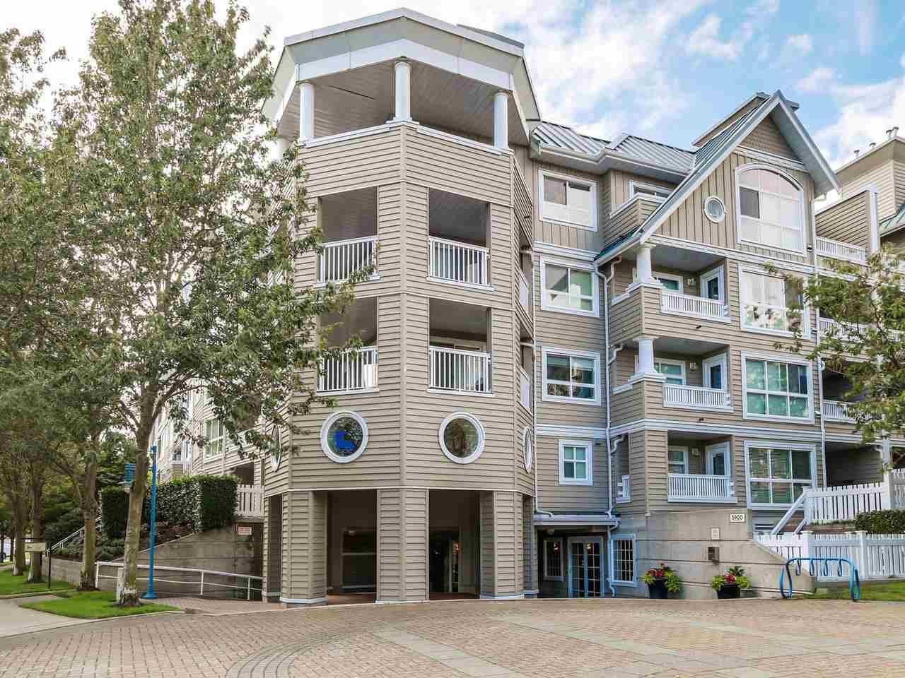 """Main Photo: 103 5900 DOVER Crescent in Richmond: Riverdale RI Condo for sale in """"THE HAMPTONS"""" : MLS®# R2090724"""