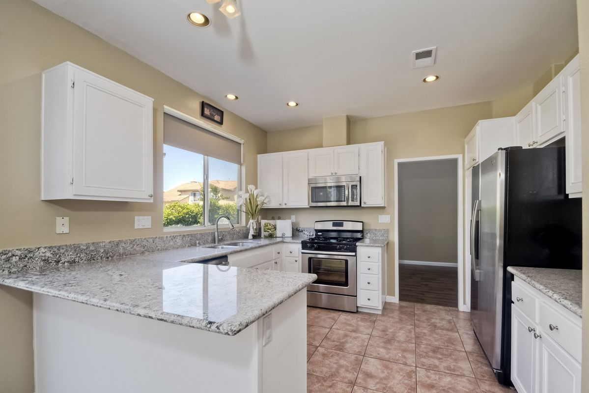 Photo 3: Photos: SCRIPPS RANCH House for sale : 3 bedrooms : 11162 Ivy Hill in San Diego