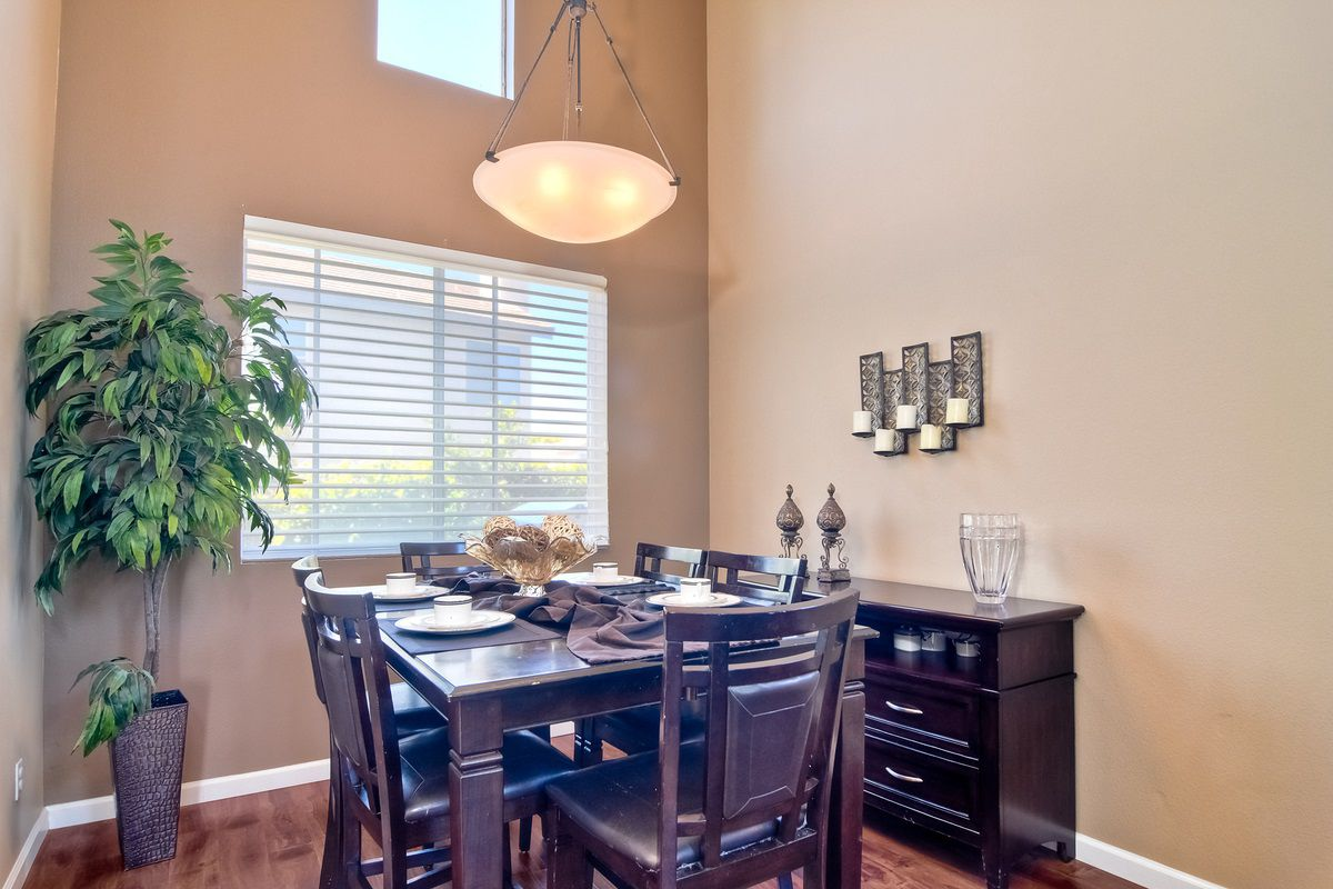 Photo 10: Photos: SCRIPPS RANCH House for sale : 3 bedrooms : 11162 Ivy Hill in San Diego