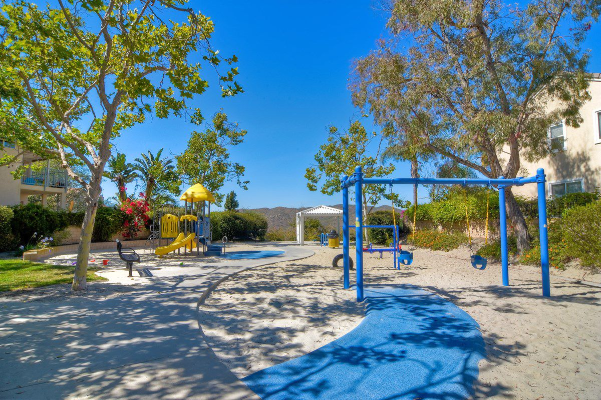 Photo 23: Photos: SCRIPPS RANCH House for sale : 3 bedrooms : 11162 Ivy Hill in San Diego