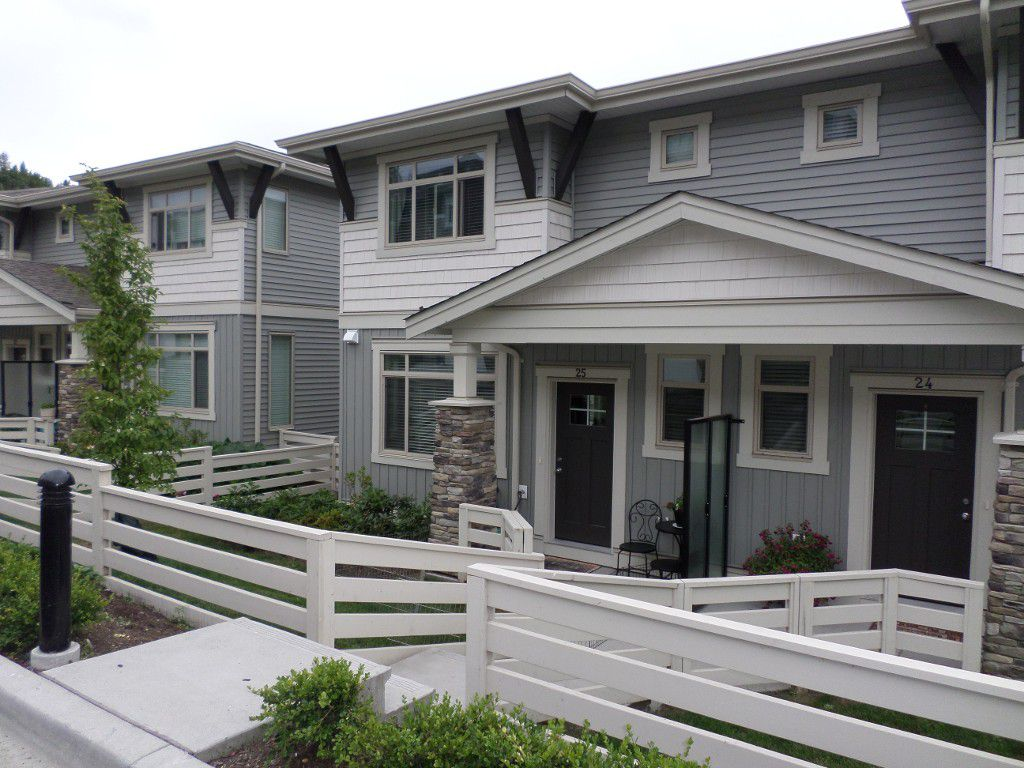 Main Photo: 25 34230 Elmwood in Abbotsford: Abbotsford East Townhouse for sale : MLS®# R2183735