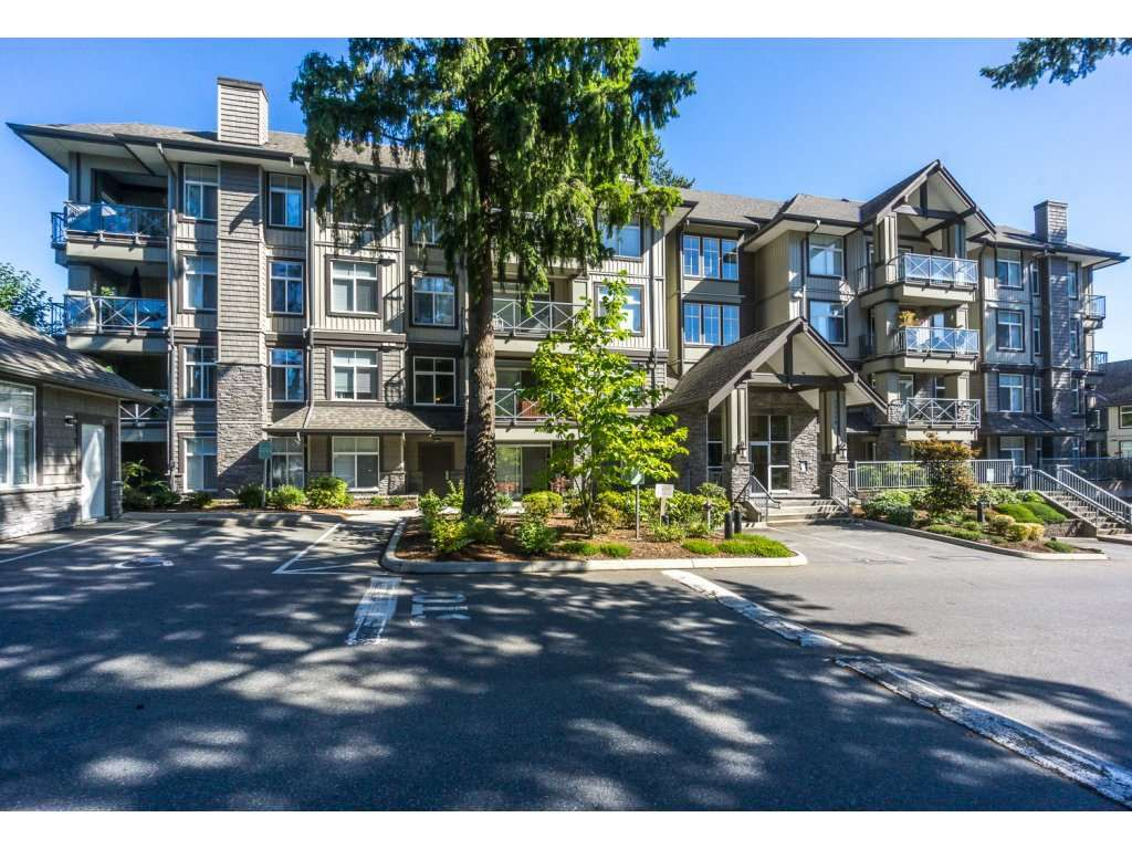 "Main Photo: 207 33338 E BOURQUIN Crescent in Abbotsford: Central Abbotsford Condo for sale in ""Nature's Gate"" : MLS®# R2209445"