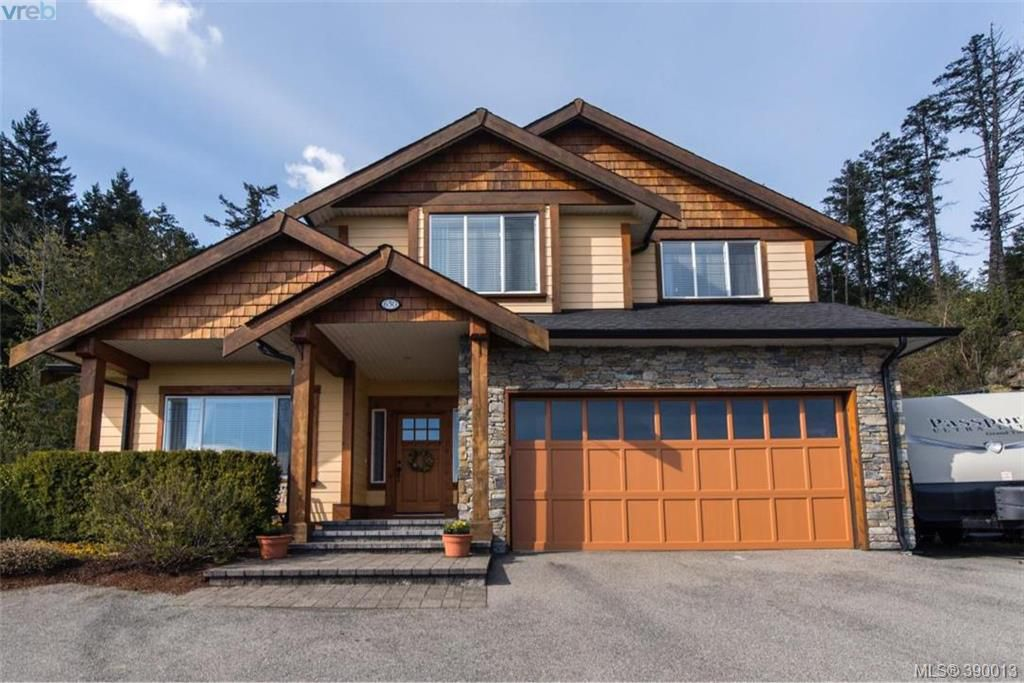 Main Photo: 630 Granrose Terrace in VICTORIA: Co Latoria Single Family Detached for sale (Colwood)  : MLS®# 390013