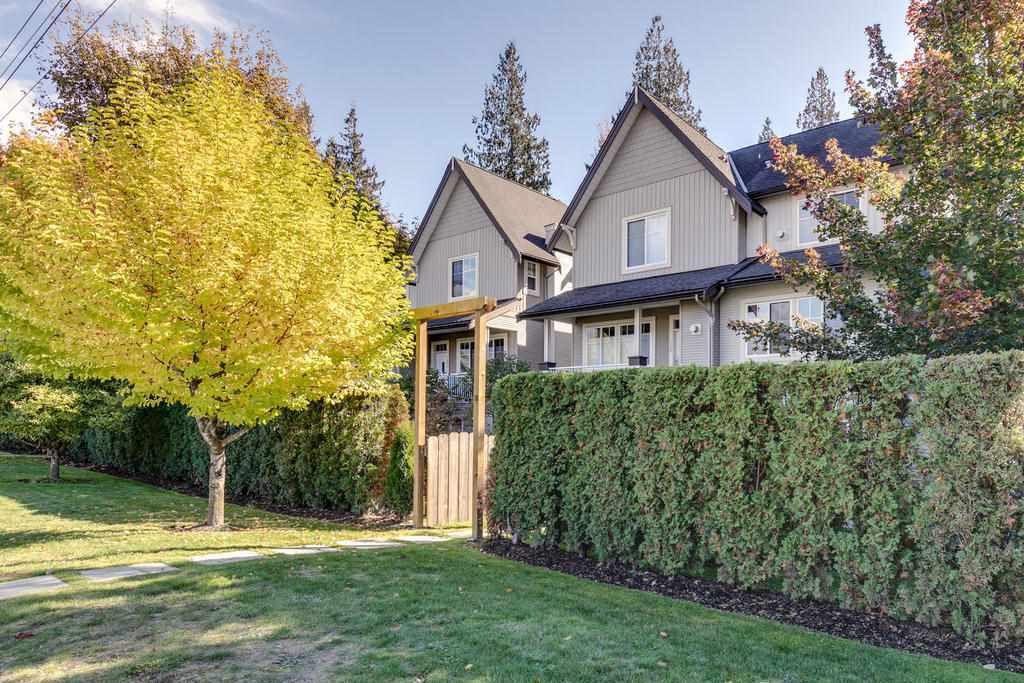"""Main Photo: 11 1800 MAMQUAM Road in Squamish: Garibaldi Estates Townhouse for sale in """"Virescence"""" : MLS®# R2315054"""