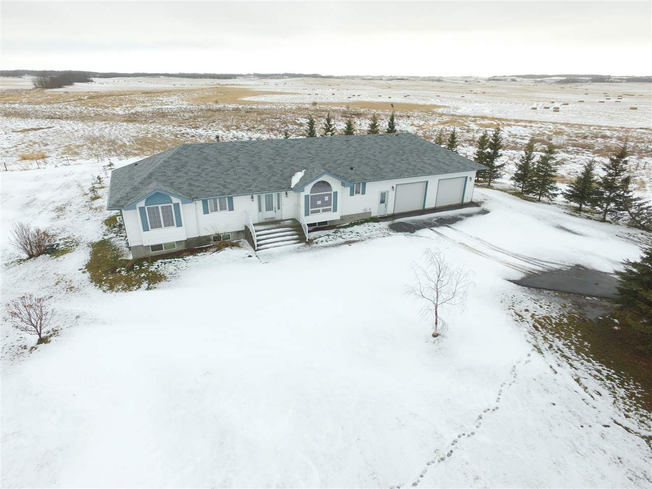 Main Photo: : Rural Leduc County House for sale : MLS®# E4135922