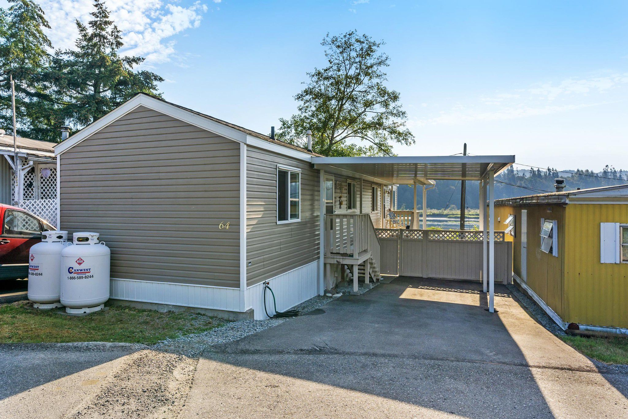 "Main Photo: 64 - 9950 WILSON Street in Mission: Stave Falls Manufactured Home for sale in ""RUSKIN PLACE"" : MLS®# R2358032"