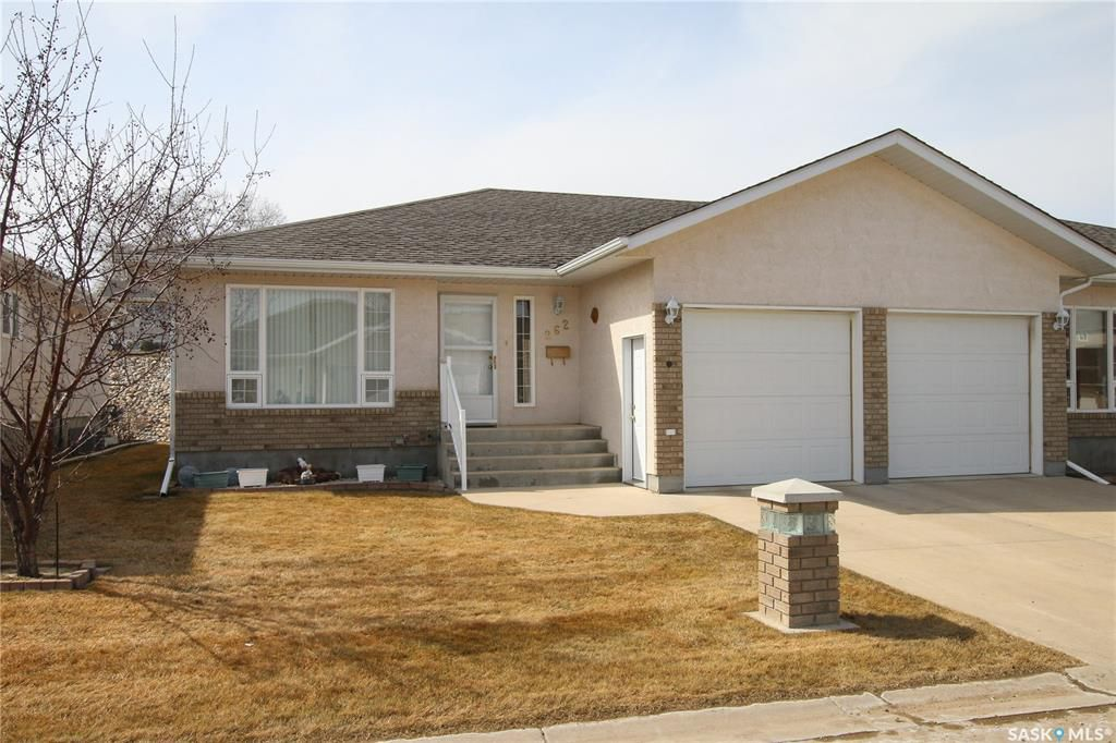 Main Photo: 262 165 Robert Street West in Swift Current: Trail Residential for sale : MLS®# SK766909